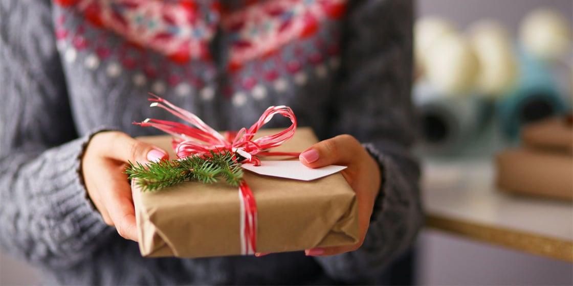 Christmas_Gift_1200x600